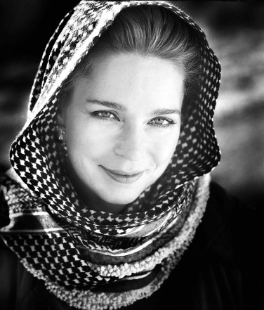 Queen Noor of Jordan, architect of peace. Noor in the desert