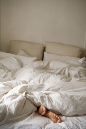 Unmade bed VIII